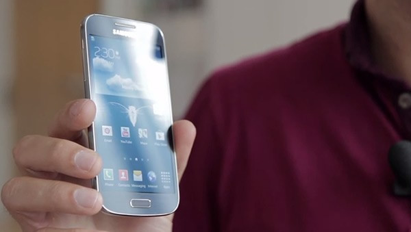 Por primera vez: El Galaxy S4 Mini en vídeo
