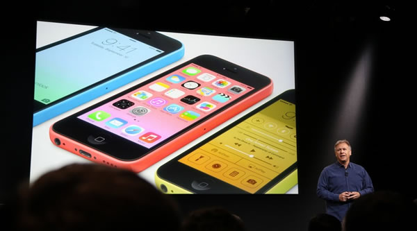 Apple presenta su iPhone 5C low cost (en 5 colores)